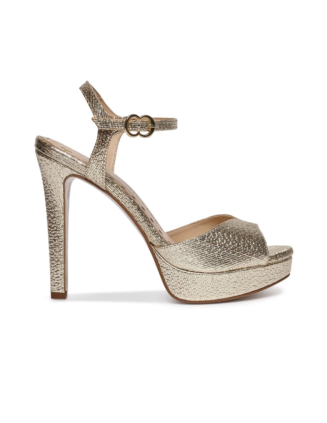 Zapatos de salón en ante rosa - tienda de zapatos Pura López . PURA LOPEZ