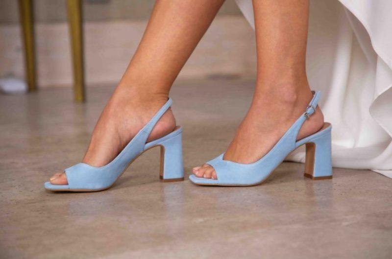 zapatos de color vestido de novia