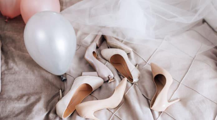 zapatos de novia rosas