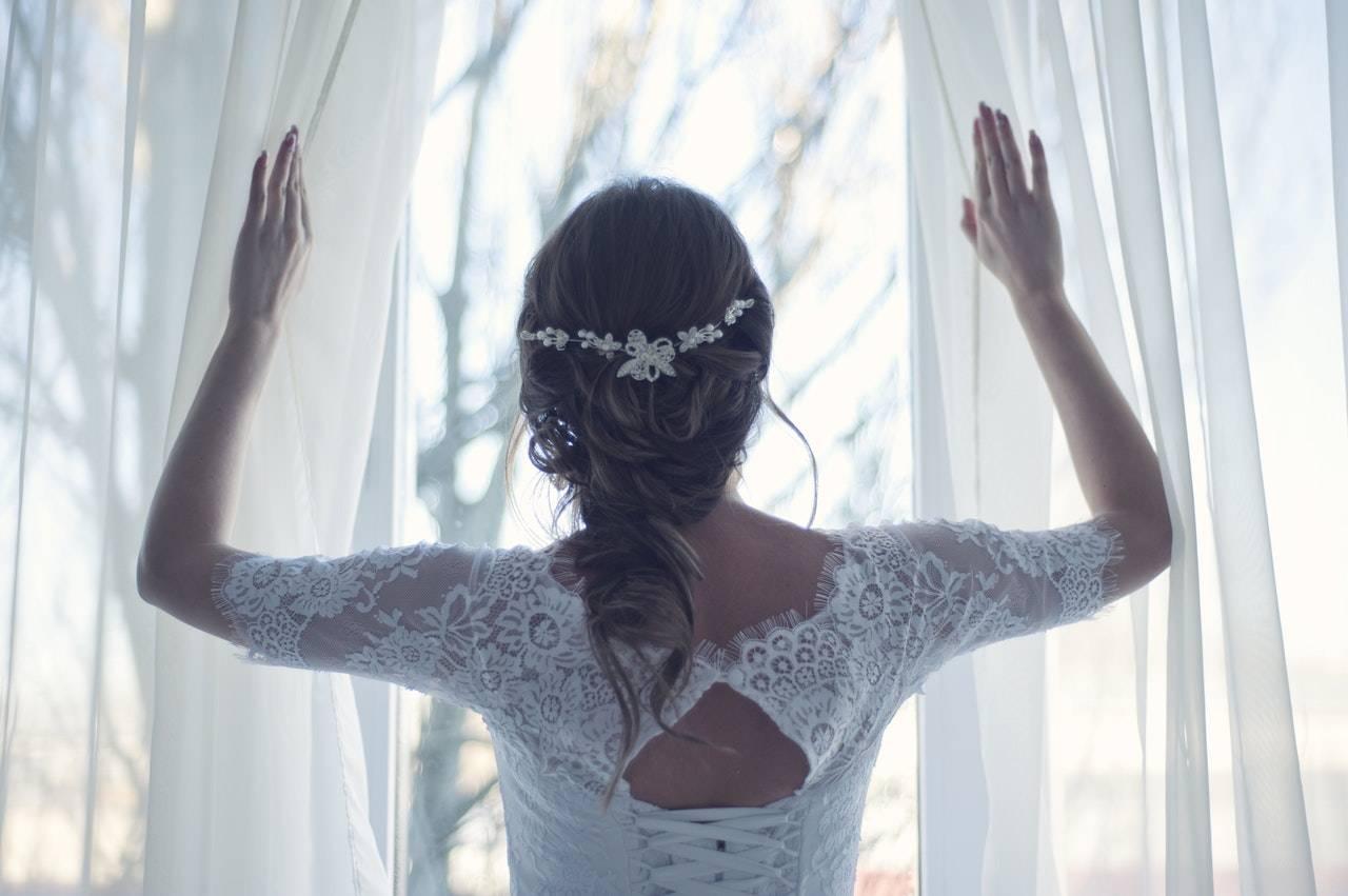 que debe llevar la novia para la buena suerte