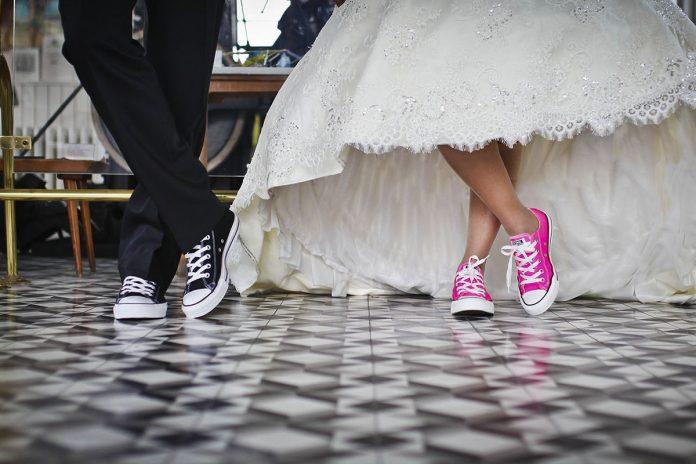 Zapatos de novia para una boda en invierno