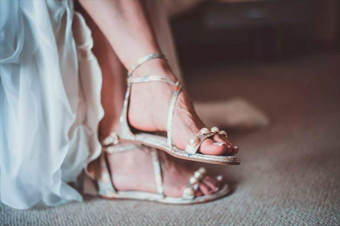 Zapatos para una boda en la playa