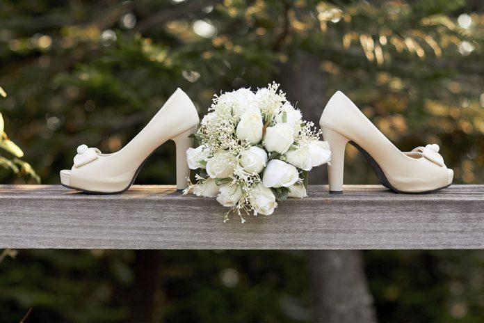 Tendencias en otoño de zapatos de novia