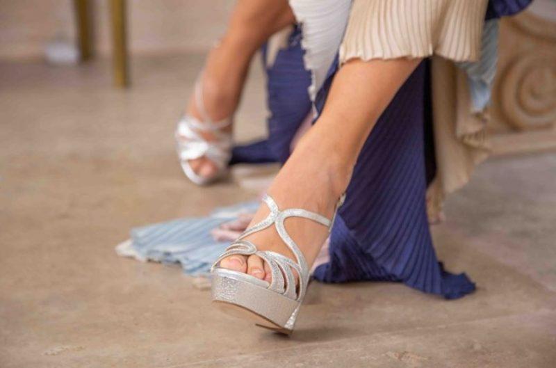 zapatos plateados didom